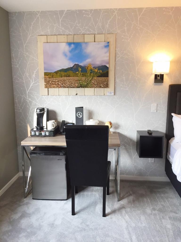 Room 4 Amenities